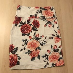 Charlotte Russe Floral Pencil Skirt - White